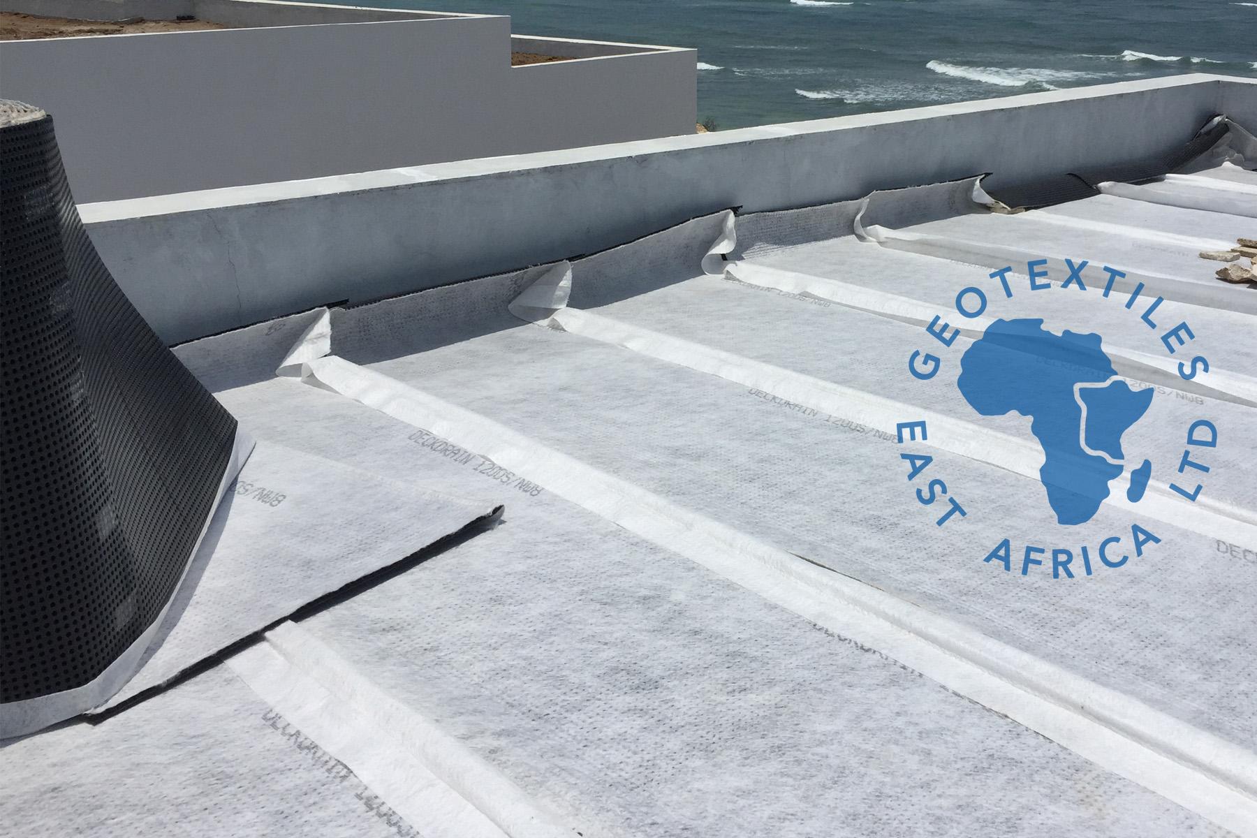 Deckdrain installation on roof garden